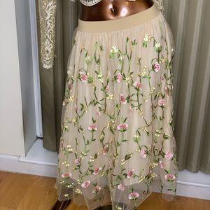 Embroidered flower skirt